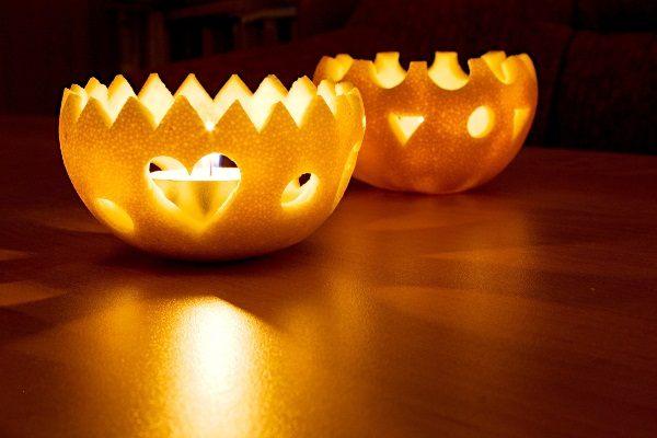 украшение стола свечами из апельсина