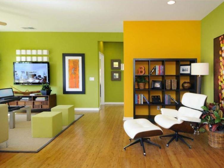 интерьер в зеленых и оранжевых тонах
